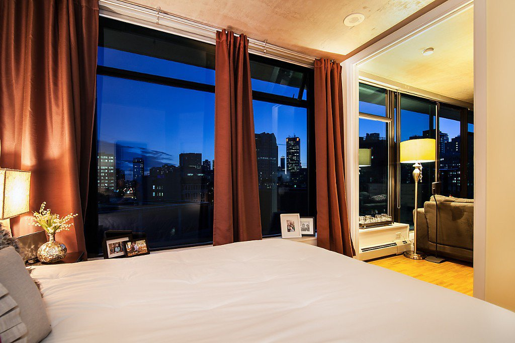 """Photo 11: Photos: 1407 128 W CORDOVA Street in Vancouver: Downtown VW Condo for sale in """"Woodwards W43"""" (Vancouver West)  : MLS®# V1084307"""