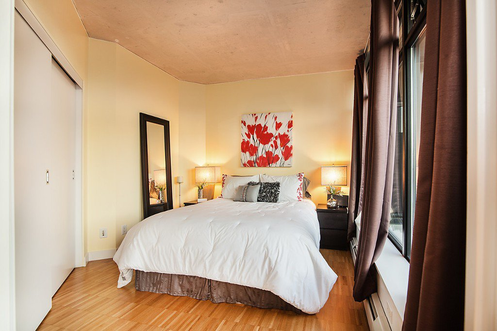 """Photo 10: Photos: 1407 128 W CORDOVA Street in Vancouver: Downtown VW Condo for sale in """"Woodwards W43"""" (Vancouver West)  : MLS®# V1084307"""