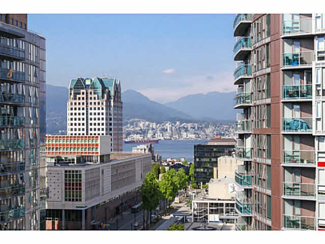 """Main Photo: 1802 821 CAMBIE Street in Vancouver: Downtown VW Condo for sale in """"RAFFLES ON ROBSON"""" (Vancouver West)  : MLS®# V1124858"""