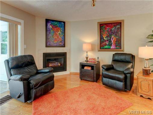 Photo 12: Photos: 1638 Mayneview Terr in NORTH SAANICH: NS Dean Park House for sale (North Saanich)  : MLS®# 704978