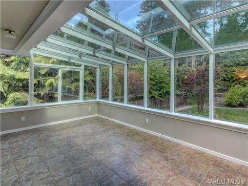 Photo 7: Photos: 1638 Mayneview Terr in NORTH SAANICH: NS Dean Park House for sale (North Saanich)  : MLS®# 704978