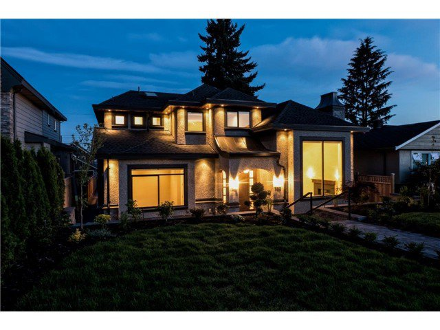 """Photo 19: Photos: 733 E 7TH Street in North Vancouver: Queensbury House for sale in """"QUEENSBURY"""" : MLS®# V1129157"""
