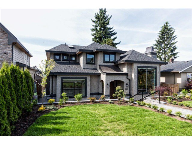 """Photo 4: Photos: 733 E 7TH Street in North Vancouver: Queensbury House for sale in """"QUEENSBURY"""" : MLS®# V1129157"""