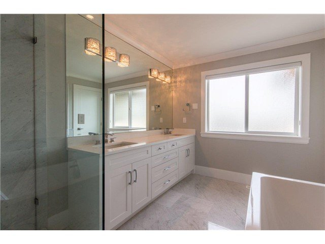 """Photo 17: Photos: 733 E 7TH Street in North Vancouver: Queensbury House for sale in """"QUEENSBURY"""" : MLS®# V1129157"""