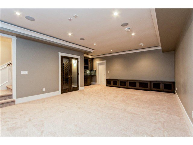 """Photo 11: Photos: 733 E 7TH Street in North Vancouver: Queensbury House for sale in """"QUEENSBURY"""" : MLS®# V1129157"""