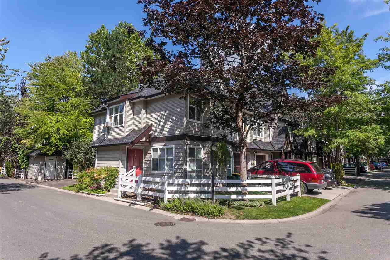 "Main Photo: 17 11757 236 Street in Maple Ridge: Cottonwood MR Townhouse for sale in ""GALIANO"" : MLS®# R2092937"