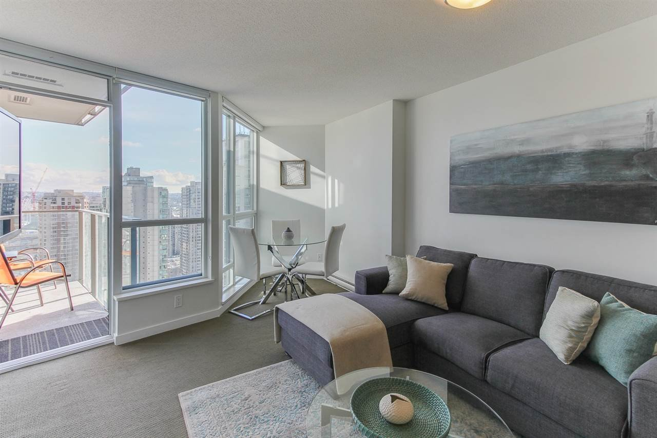 "Main Photo: 2404 833 SEYMOUR Street in Vancouver: Downtown VW Condo for sale in ""The Capitol Residences"" (Vancouver West)  : MLS®# R2138955"