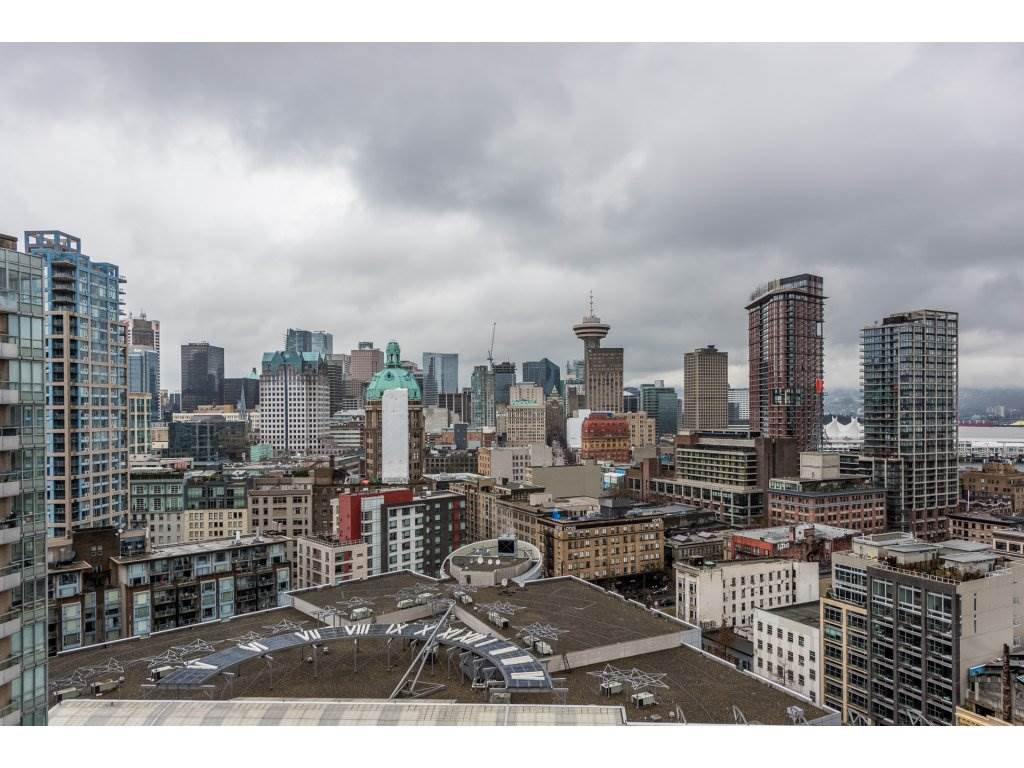 """Main Photo: 2402 550 TAYLOR Street in Vancouver: Downtown VW Condo for sale in """"THE TAYLOR"""" (Vancouver West)  : MLS®# R2142981"""