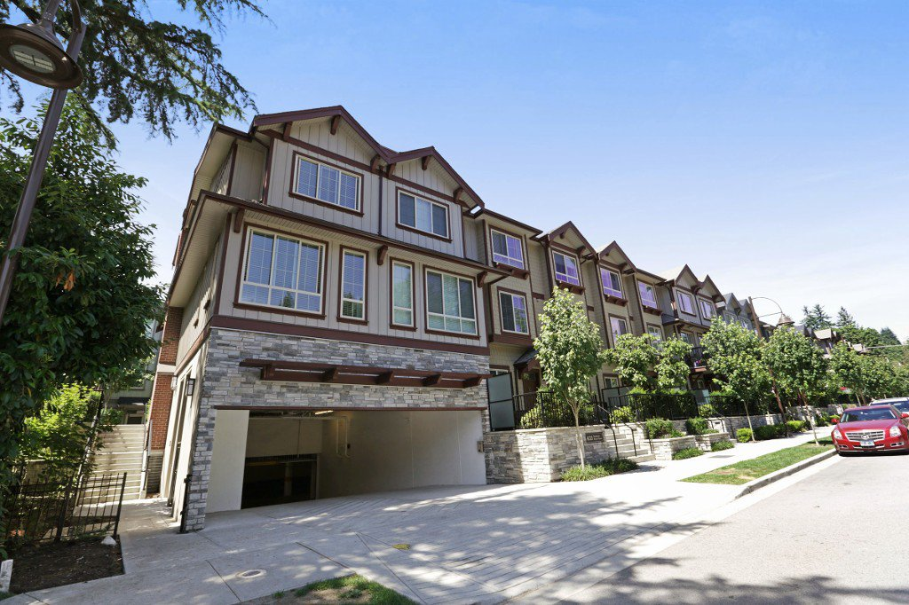 Main Photo: 32 433 SEYMOUR RIVER PLACE PLACE in North Vancouver: Seymour NV Condo for sale : MLS®# R2183808