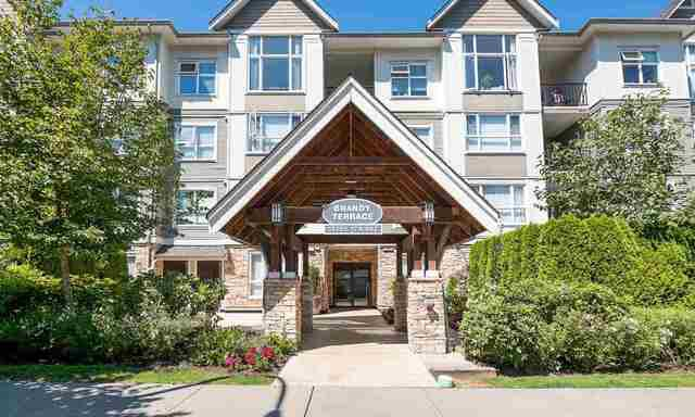 Main Photo: 207 15265 17a Avenue: White Rock Condo for sale (South Surrey White Rock)  : MLS®# R2178367
