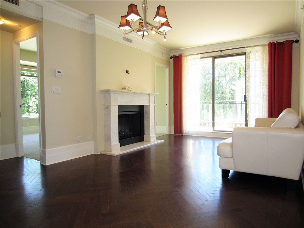 Photo 1: Photos: 533 Waters Edge Cres. in West Vancouver: Park Royal Condo for rent