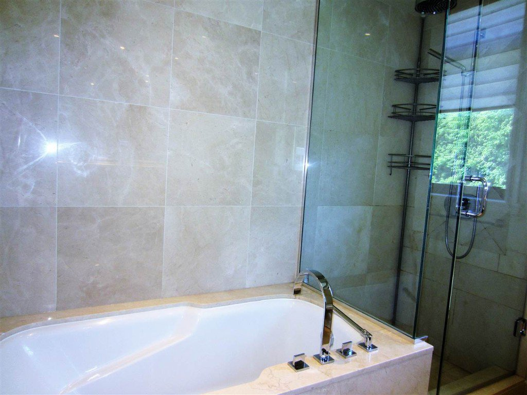 Photo 10: Photos: 533 Waters Edge Cres. in West Vancouver: Park Royal Condo for rent