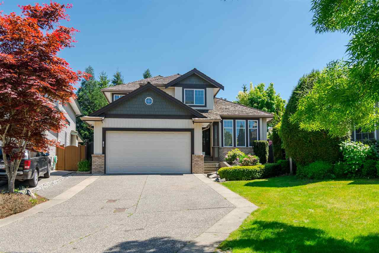 Main Photo: 21060 86 Avenue in Langley: Walnut Grove House for sale : MLS®# R2199071