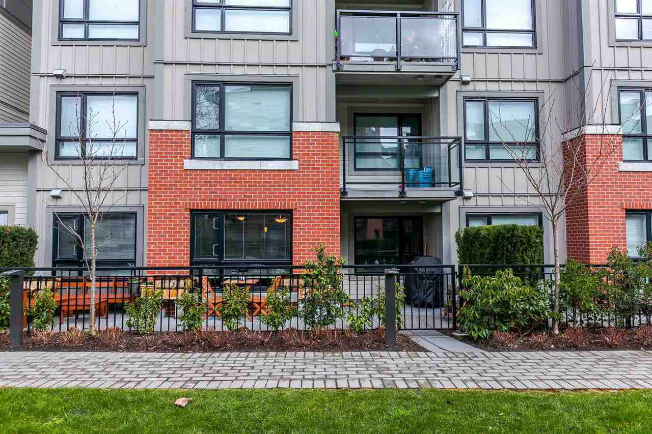 """Main Photo: 118 7088 14TH Avenue in Burnaby: Edmonds BE Condo for sale in """"REDBRICK"""" (Burnaby East)  : MLS®# R2242958"""