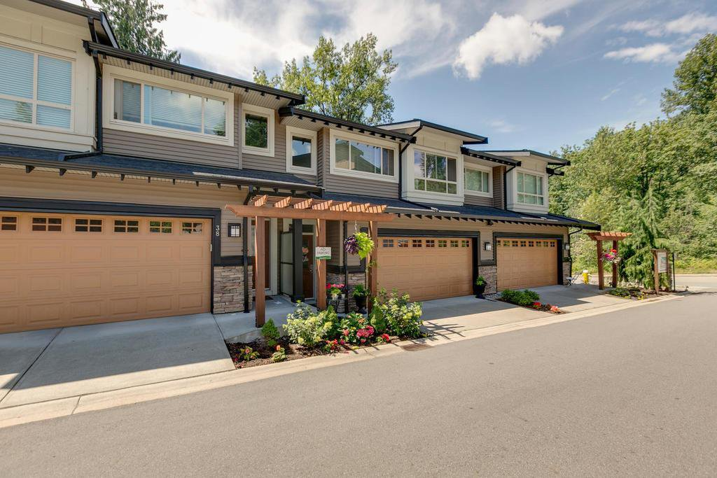 "Main Photo: 39 23986 104 Avenue in Maple Ridge: Albion Townhouse for sale in ""SPENCER BROOK"" : MLS®# R2286061"
