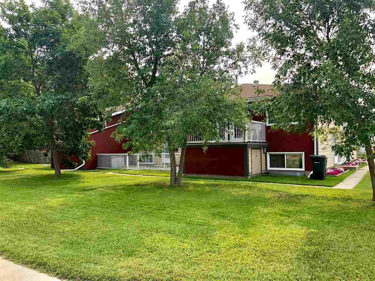 Main Photo: 4413 50 Avenue: Cold Lake Multi-Family Commercial for sale : MLS®# E4124304