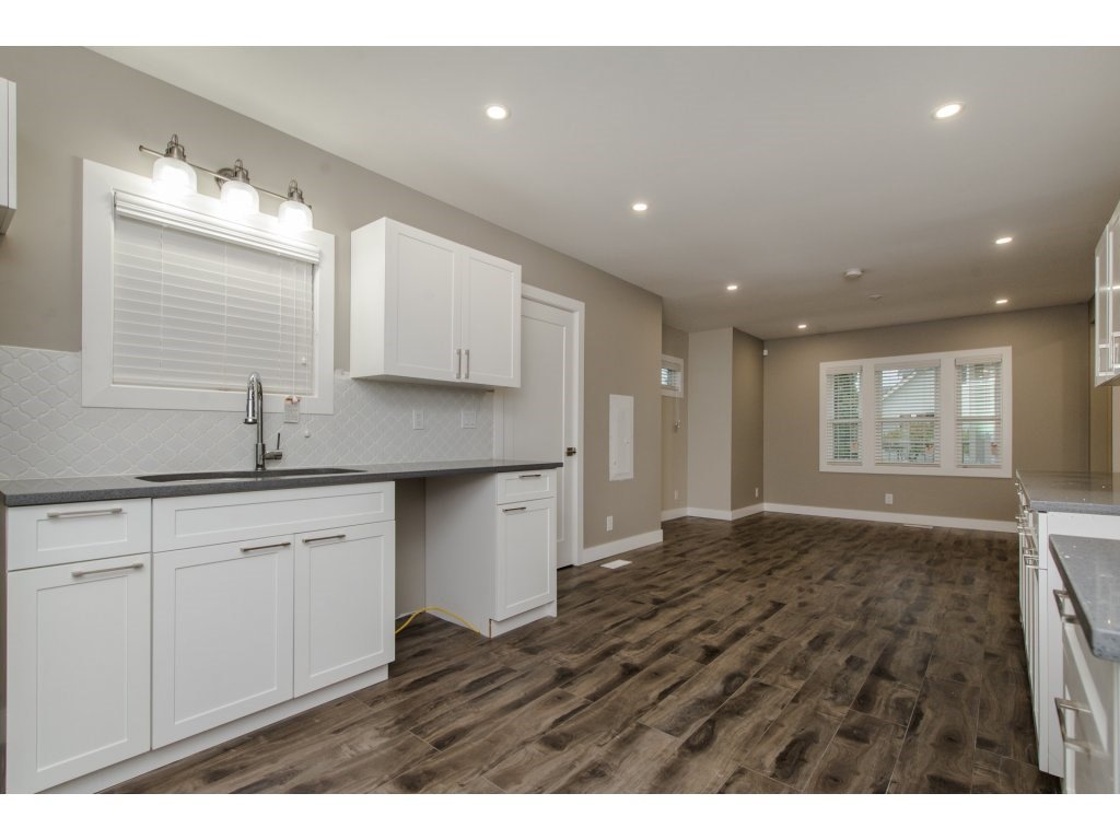 Photo 11: Photos: 9422 COOK Street in Chilliwack: Chilliwack N Yale-Well House for sale : MLS®# R2324374