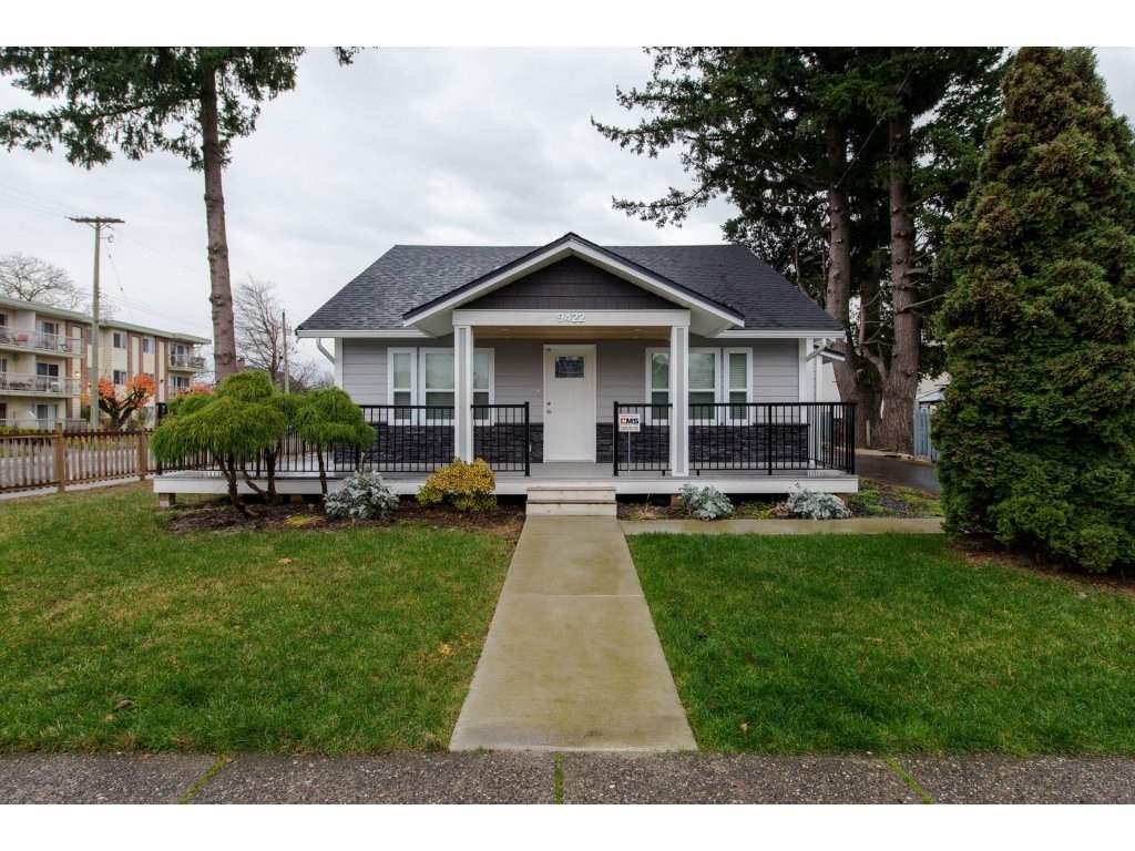 Main Photo: 9422 COOK Street in Chilliwack: Chilliwack N Yale-Well House for sale : MLS®# R2324374