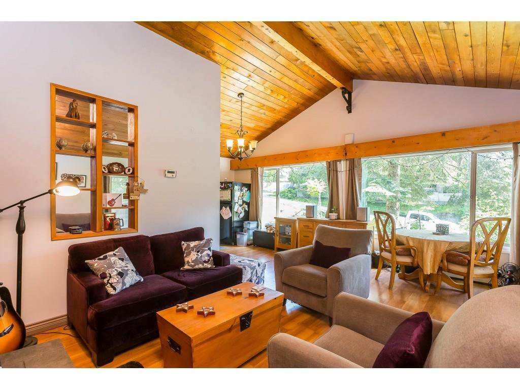Photo 3: Photos: 50855 WINONA Road in Sardis - Chwk River Valley: Chilliwack River Valley House for sale (Sardis)  : MLS®# R2378591