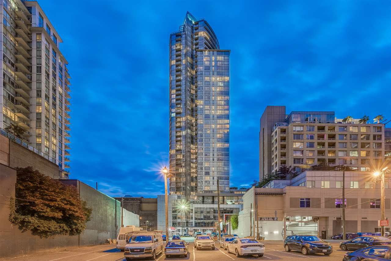 "Main Photo: 2103 833 SEYMOUR Street in Vancouver: Downtown VW Condo for sale in ""CAPITAL RESIDENCES"" (Vancouver West)  : MLS®# R2382715"