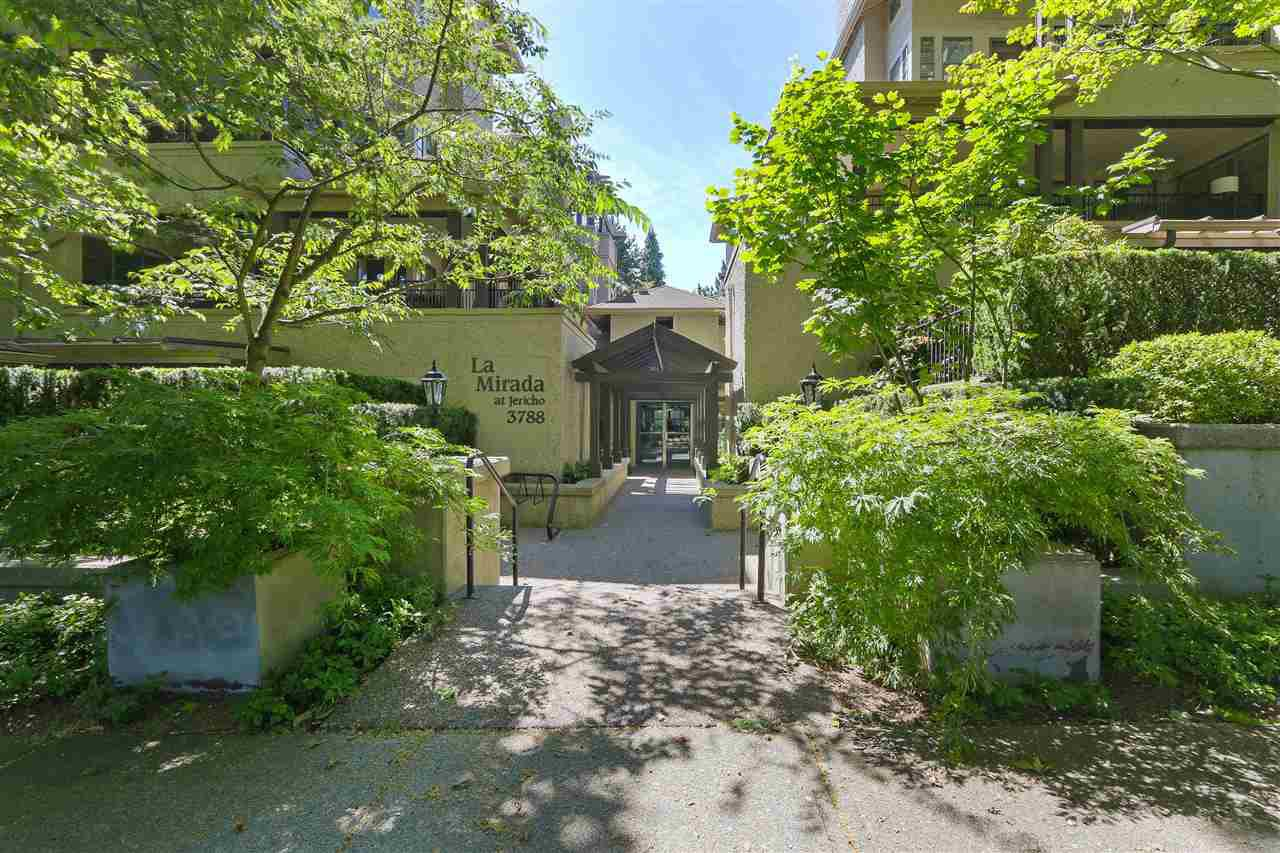 "Photo 1: Photos: 302 3788 W 8TH Avenue in Vancouver: Point Grey Condo for sale in ""LA MIRADA at JERICHO"" (Vancouver West)  : MLS®# R2384247"