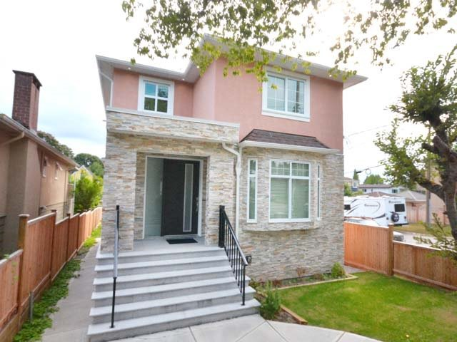 Main Photo: 3308 AUSTREY Avenue in Vancouver: Collingwood VE House for sale (Vancouver East)  : MLS®# R2397730