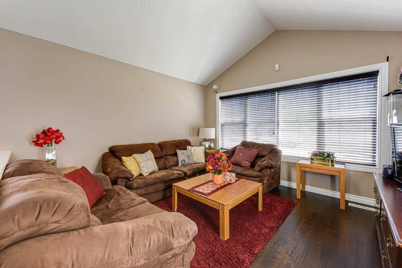 Main Photo: 15124 139 Street in Edmonton: Zone 27 House for sale : MLS®# E4171879