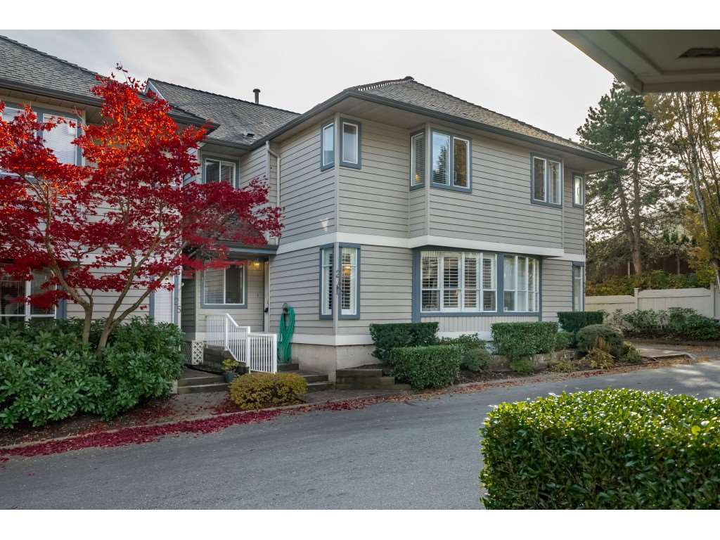 "Main Photo: 24 920 CITADEL Drive in Port Coquitlam: Citadel PQ Townhouse for sale in ""CITADEL GREEN"" : MLS®# R2416419"