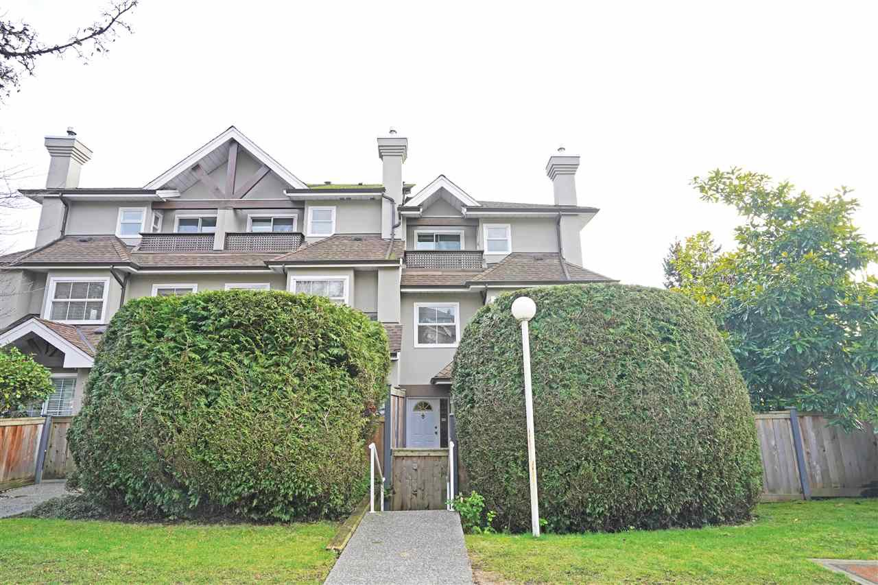 """Main Photo: 1 7175 17TH Avenue in Burnaby: Edmonds BE Townhouse for sale in """"Village Del Mar"""" (Burnaby East)  : MLS®# R2528856"""