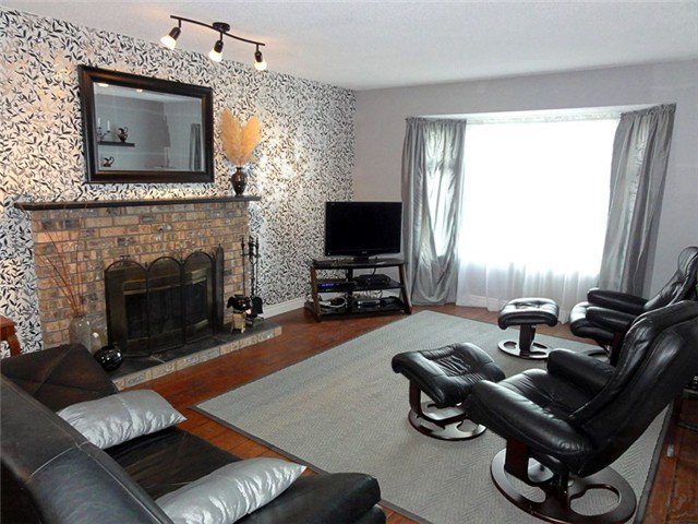 Photo 2: Photos: 8460 154A ST in Surrey: Fleetwood Tynehead House for sale : MLS®# F1322503