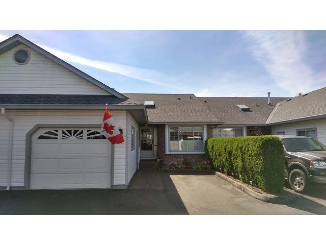 "Main Photo: 41 33922 KING Road in Abbotsford: Poplar Townhouse for sale in ""Kingsview Estates"" : MLS®# F1444425"