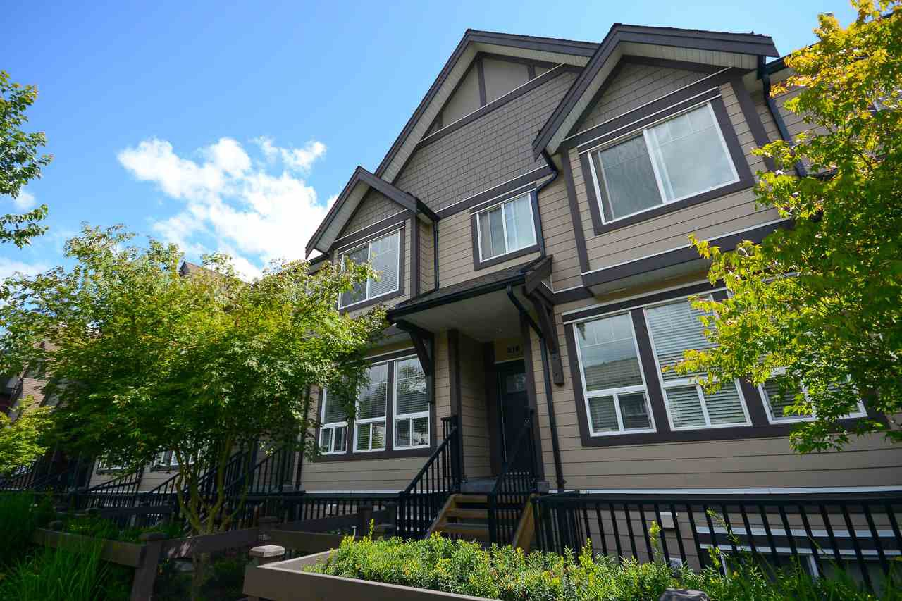 "Main Photo: 32 14877 60 Avenue in Surrey: Sullivan Station Townhouse for sale in ""LUMINA"" : MLS®# R2141530"