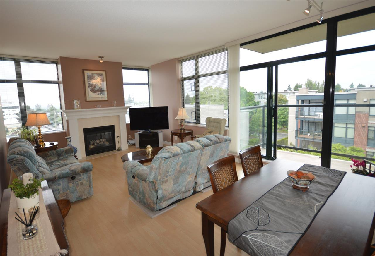 "Photo 4: Photos: 407 538 W 45TH Avenue in Vancouver: Oakridge VW Condo for sale in ""HEMMINGWAY"" (Vancouver West)  : MLS®# R2173011"