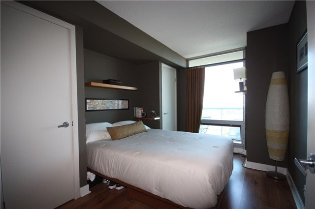 Photo 7: Photos: 3607 81 Navy Wharf Court in Toronto: Waterfront Communities C1 Condo for sale (Toronto C01)  : MLS®# C3841481