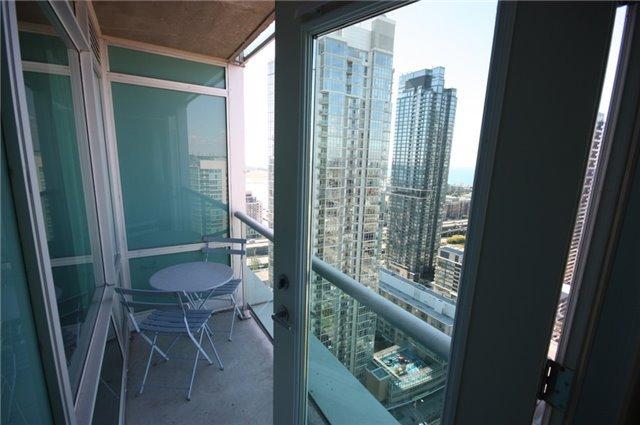 Photo 5: Photos: 3607 81 Navy Wharf Court in Toronto: Waterfront Communities C1 Condo for sale (Toronto C01)  : MLS®# C3841481