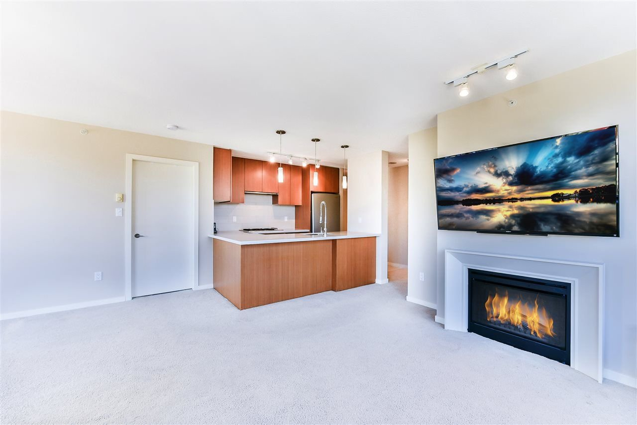 "Main Photo: 607 1185 THE HIGH Street in Coquitlam: North Coquitlam Condo for sale in ""THE CLAREMONT"" : MLS®# R2214751"