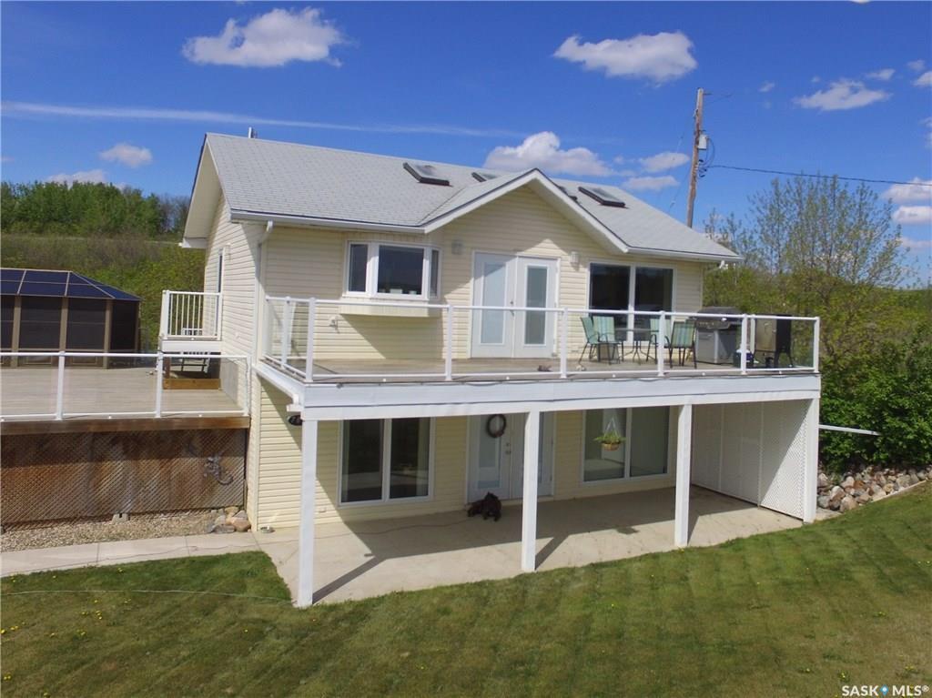 Main Photo: 703 Willow Avenue in Saskatchewan Beach: Residential for sale : MLS®# SK714686