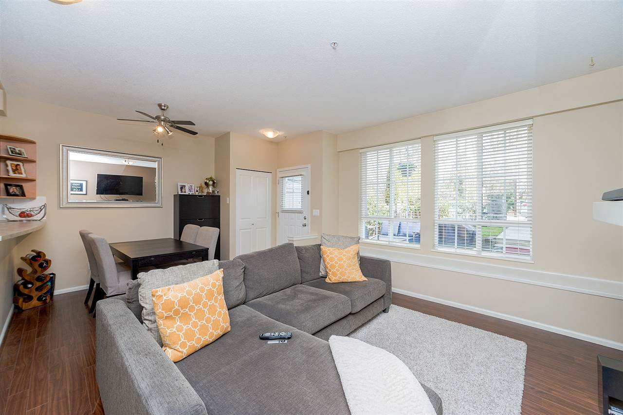 """Photo 9: Photos: 81 7503 18TH Street in Burnaby: Edmonds BE Condo for sale in """"SOUTHBOROUGH"""" (Burnaby East)  : MLS®# R2249263"""