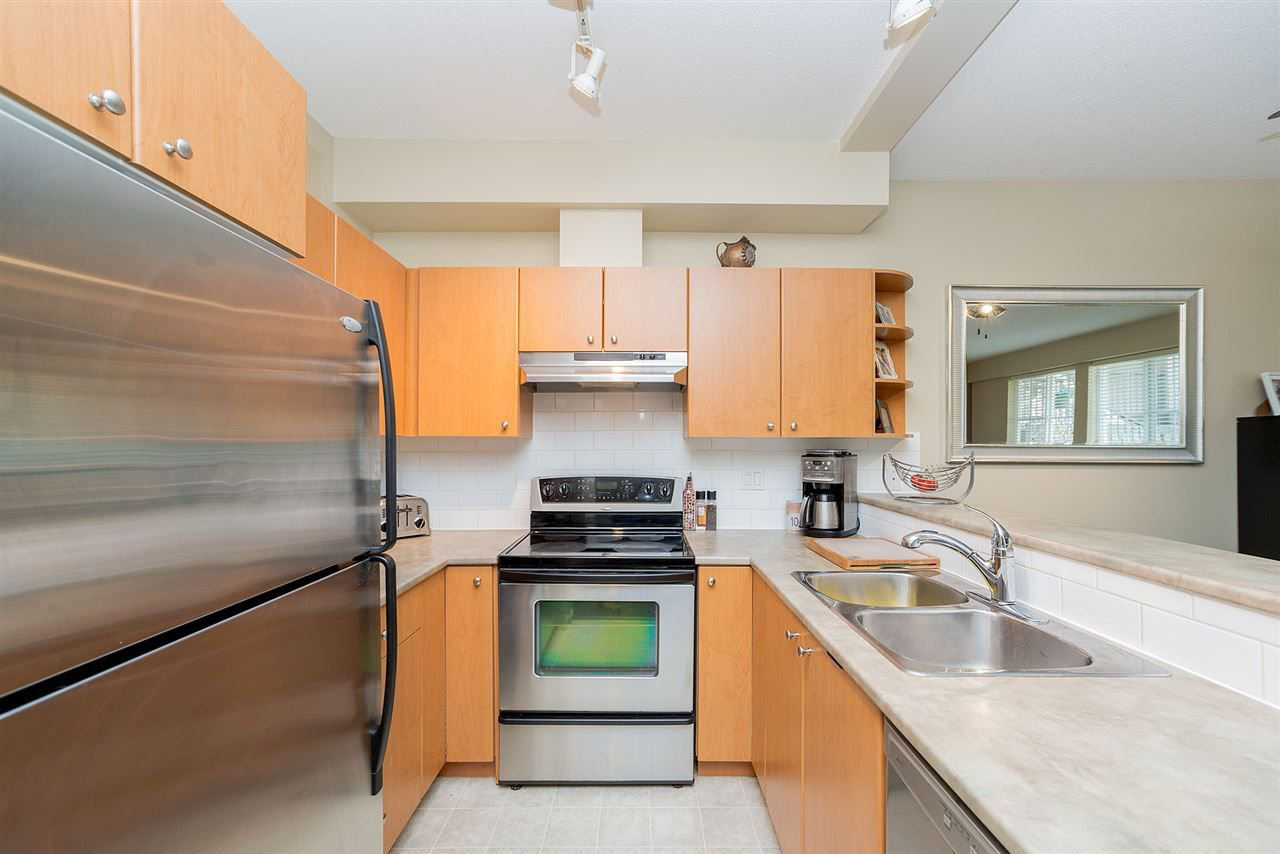 """Photo 13: Photos: 81 7503 18TH Street in Burnaby: Edmonds BE Condo for sale in """"SOUTHBOROUGH"""" (Burnaby East)  : MLS®# R2249263"""