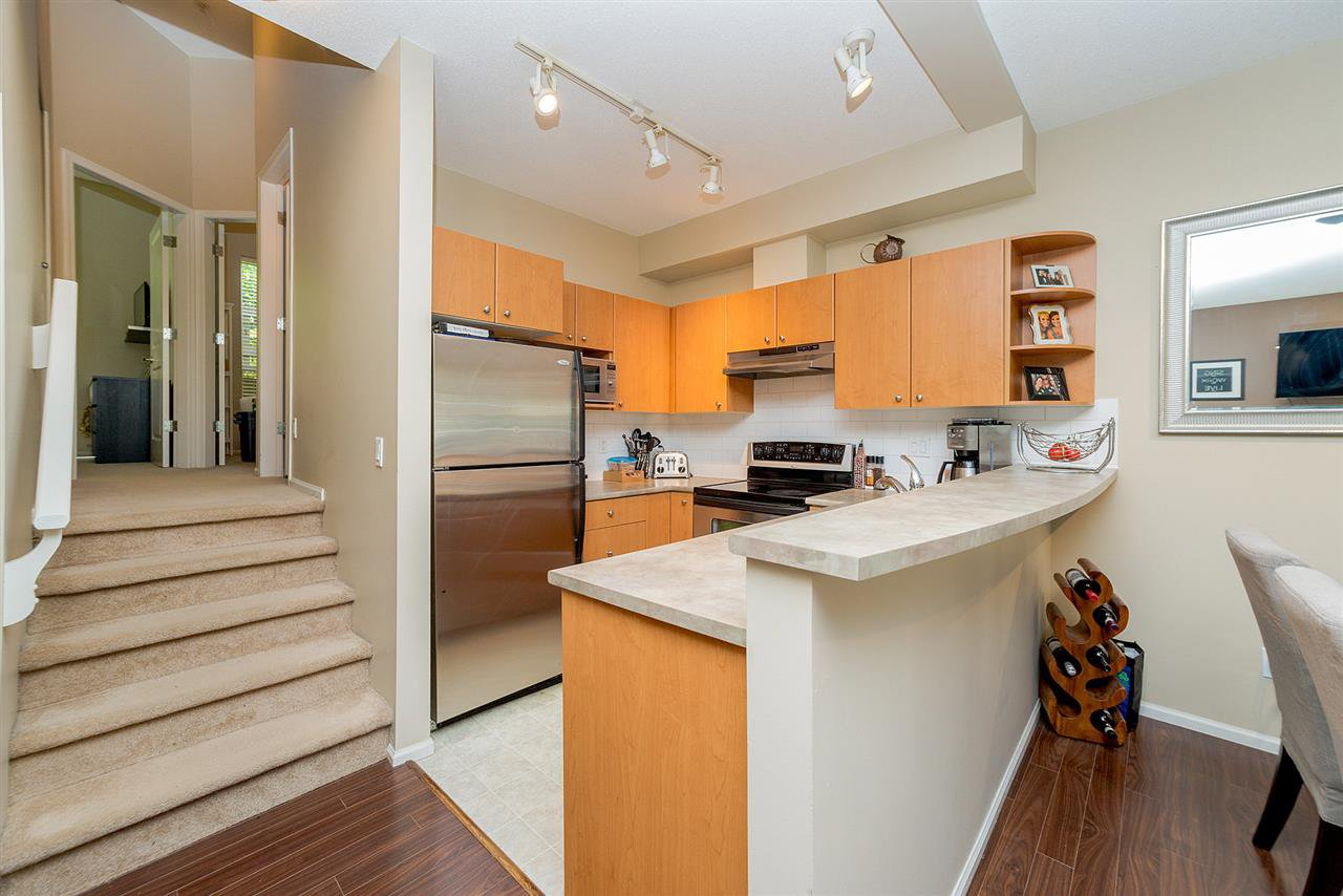"""Photo 11: Photos: 81 7503 18TH Street in Burnaby: Edmonds BE Condo for sale in """"SOUTHBOROUGH"""" (Burnaby East)  : MLS®# R2249263"""