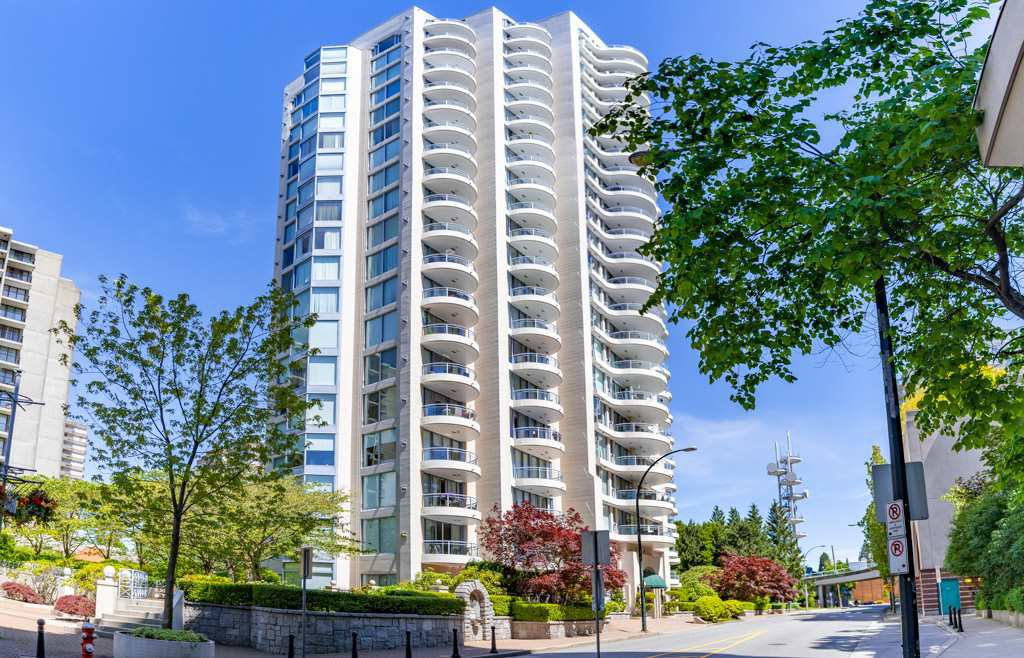 "Main Photo: 904 719 PRINCESS Street in New Westminster: Uptown NW Condo for sale in ""Stirling Place"" : MLS®# R2380335"
