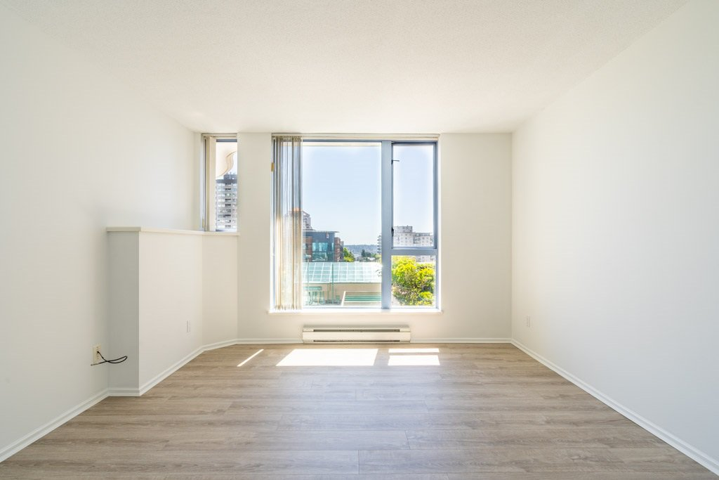 """Photo 8: Photos: 904 719 PRINCESS Street in New Westminster: Uptown NW Condo for sale in """"Stirling Place"""" : MLS®# R2380335"""
