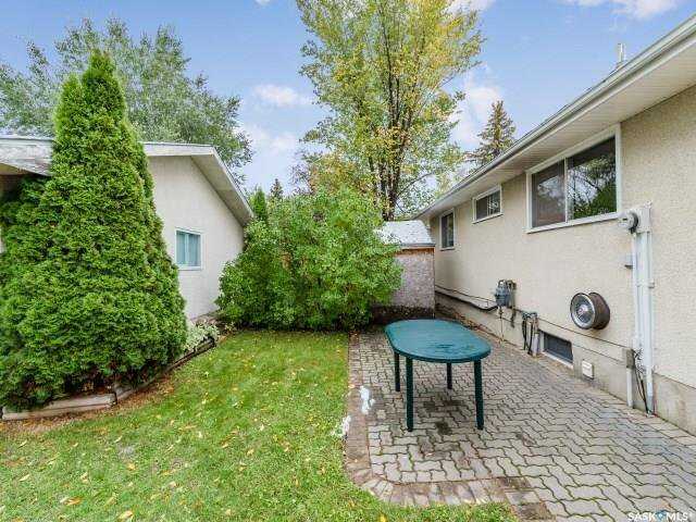 Photo 23: Photos: 1627 Vickies Avenue in Saskatoon: Forest Grove Residential for sale : MLS®# SK788003