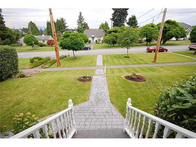 "Photo 2: Photos: 840 5TH Street in New Westminster: GlenBrooke North House for sale in ""GLENBROOKE NORTH"" : MLS®# V925961"