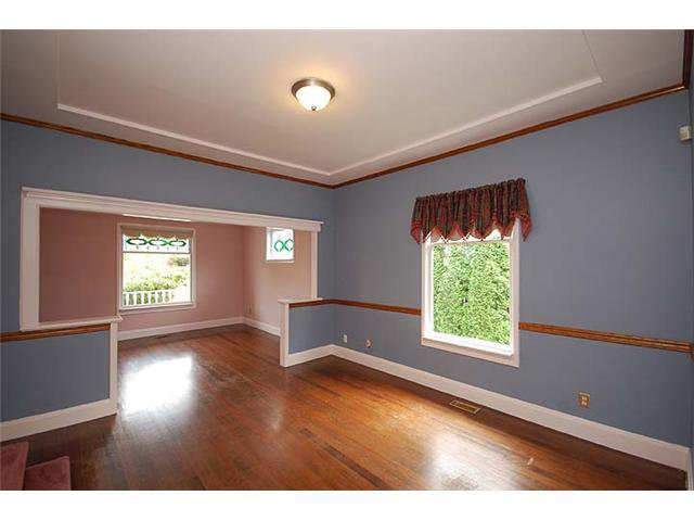 "Photo 4: Photos: 840 5TH Street in New Westminster: GlenBrooke North House for sale in ""GLENBROOKE NORTH"" : MLS®# V925961"