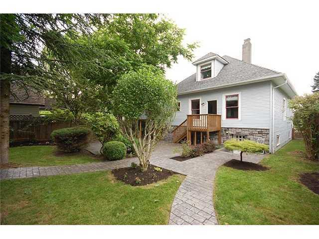 "Photo 9: Photos: 840 5TH Street in New Westminster: GlenBrooke North House for sale in ""GLENBROOKE NORTH"" : MLS®# V925961"