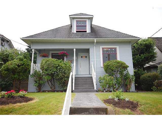 "Photo 1: Photos: 840 5TH Street in New Westminster: GlenBrooke North House for sale in ""GLENBROOKE NORTH"" : MLS®# V925961"