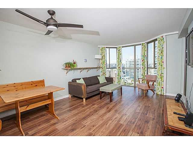 """Main Photo: 909 888 PACIFIC Street in Vancouver: Yaletown Condo for sale in """"PACIFIC PROMENADE"""" (Vancouver West)  : MLS®# V1102966"""