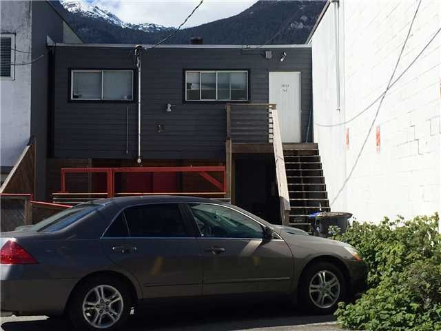 Photo 2: Photos: 38024 Cleveland AVE in : Downtown SQ Commercial for sale (Squamish)  : MLS®# C8000977