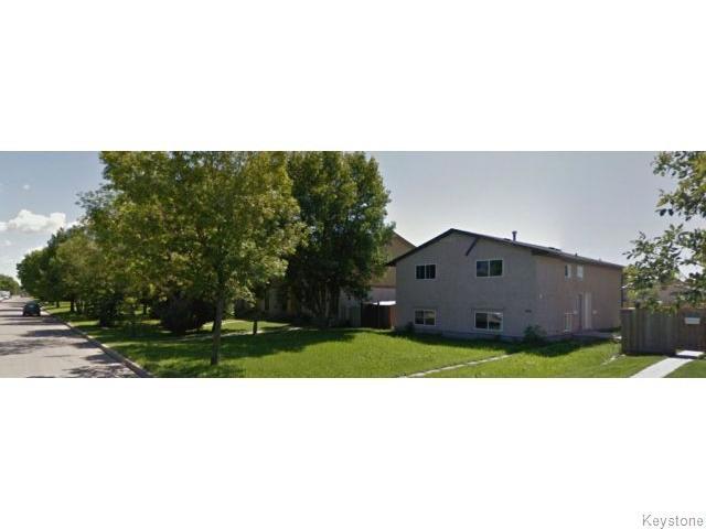 Main Photo: 938 Greencrest Avenue in Winnipeg: Fort Garry / Whyte Ridge / St Norbert Residential for sale (South Winnipeg)  : MLS®# 1530498